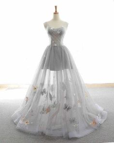 long prom dresses - Cute Tulle Lace Prom Dress, Long Evening Gowns,Gray Tulle Sparkly Long Customize Prom Dress, Animals Embroidery Applique , Floor Length Evening Dress New Fashion Grey Evening Dresses, Long Evening Gowns, Cute Dresses For Party, Pretty Dresses, Party Dress, Party Gowns, Amazing Dresses, Ball Dresses, Prom Dresses