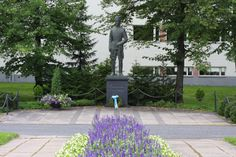 Statue of Carl Gustaf Emil Mannerheim, who was one of Finlands presidents and a Commander in chief during world war II.