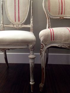 French antique chairs upholstered in European grains sacks. Painted and upholstered by Andrea Duffy Old Chairs, Antique Chairs, Dining Chairs, French Interior, French Decor, French Furniture, Painted Furniture, Love Chair, French Chairs