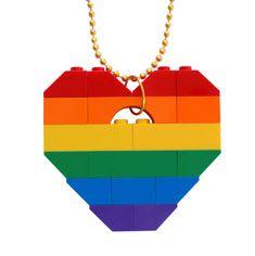 Gangsta Rap Rainbow necklace - Chunky heart pendant - made from LEGO® bricks on a Silver/Gold plated ballchain Minecraft Lego, Diy Lego, Lego Craft, Lego Lego, Cool Diy, Legos, Lego Jewelry, Etsy Jewelry, Jewellery
