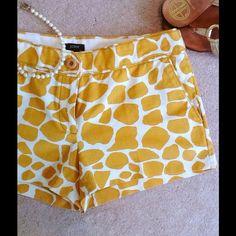 SALE TODAYJ. CREW Giraffe City Fit Shorts J. Crew City Fit Giraffe Print Shorts. 100% Cotton. Perfect like new condition. J. Crew Shorts