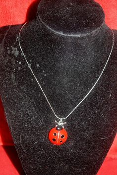 "LADY BUG PENDANT AND 16"" SILVER PLATED CHAIN. FREE SHIPPING! NO COPIOUS FEES! $3.99"