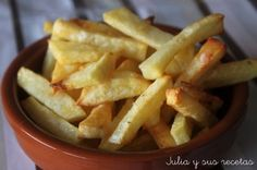 How to make baked potato chips: half the calories and even better flavor - Recetas - Patatas Healthy Cooking, Healthy Snacks, Cooking Recipes, Healthy Recipes, Tapas, Mexican Food Recipes, Ethnic Recipes, Hamburgers, International Recipes