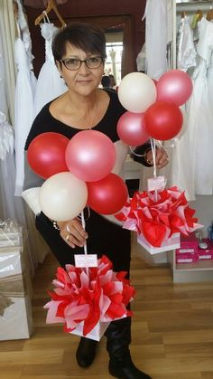 Large balloon weights,table centrepieces and decorations tissue paper pompoms . … Large balloon weights, centrepieces and decoration pom-poms made of … Balloon Centerpieces, Shower Centerpieces, Balloon Decorations, Birthday Party Decorations, Birthday Parties, Birthday Centerpieces, Christening Balloons, Christening Decorations, Balloon Weights