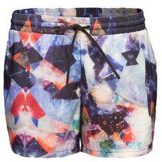Sportliche bunte #Shorts von #minimum. So gut angezogen macht #Sport erst richtig #Spaß. ♥ ab 24,90 €