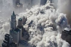Aerial view of Manhattan after the attacks on the Twin Towers.