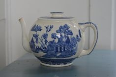 Antique BUFFALO POTTERY 1907 Blue Willow Tea Pot by Oldgreenlion on Etsy