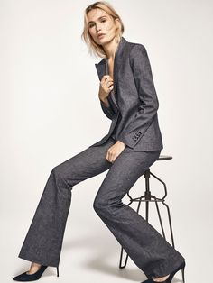 Autumn Spring summer 2017 Women´s DENIM SUIT TROUSERS at Massimo Dutti for 98.5. Effortless elegance!