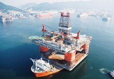 """MW Blue Marlin – największy transportowiec świata. MW Blue Marlin i jego bliźniacza jednostka Black Marlin to największe transportowce świata. Należą one do klasy półzanurzalnych statków ciężarowych i nadają się idealnie do przewozu tak ekstremalnych """"towarów"""", jak inne statki czy platformy wiertnicze."""