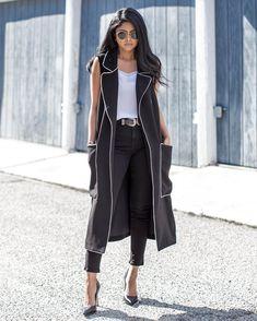 @walkinwonderland rocking Linea Pelle double buckle belt <3 Dressy Outfits, Fashion Outfits, Women's Fashion, High Heels Outfit, Heels Outfits, Sleeveless Blazer, Clothing Blogs, Topshop Jeans, Fashion Lookbook