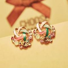 ELEGANT TEMPERAMENT MULTICOLOR COLOR RHINESTONE STUD EARRINGS