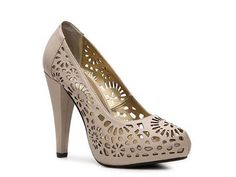 gorgeous.. perfect for spring/summer! Andiamo Gavel Pump