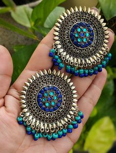 If you are looking for an amazing fashion Jewelry set for special occasions such as Anniversary this Jhumkas will help you to look adorable elegant . Indian Jewelry Earrings, Jewelry Design Earrings, Silver Jewellery Indian, Indian Jewellery Design, Tribal Jewelry, Beaded Earrings, Boho Jewelry, Silver Jewelry, Fashion Jewelry