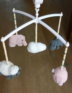 Boxmobiel hippo, olifant, schaap, vogel