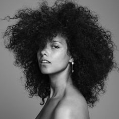 Alicia Keys - makeup free movement, but not anti makeup <3