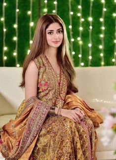 Desi Wedding Dresses, Pakistani Wedding Outfits, Pakistani Bridal Wear, Pakistani Dress Design, Party Wear Dresses, Pakistani Dresses, Bridal Dresses, Stylish Dresses For Girls, Frocks For Girls