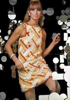 Dress by Pierre Cardin, L'Officiel, April 1967.