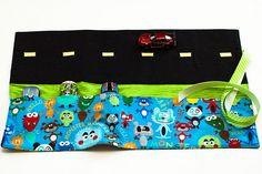 Links With Love: DIY Toy Car Activities.      Car caddy