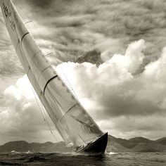 Love this image of a J Class by Michael Kahn. As far as I know, the tallest single-masted yachts ever made...
