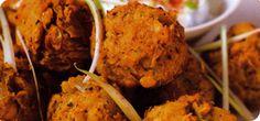 Slimming world onion bhajis and raita - syn free!