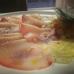 Pesce spada affumicato con verdurine