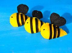 set of 8 felt bee brooch/pin by picolekids on Etsy, $25.00