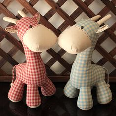 Giraffe  PDF Sewing Pattern & Tutorial Softie by XanthePatterns