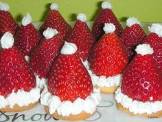 Tippytoe Crafts: Strawberry Santa Hats