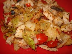 chicken with sauteed cabbage, tomatoes & mushrooms sprinkled with Mrs. Dash tomato, basil & garlic.    Loss & Maintenance: Getting on schedule