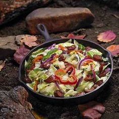 Car Camping: Dutch Oven cooking - Meat & Pepper dinner