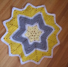 crochet star blanket. I super love yellow and gray!