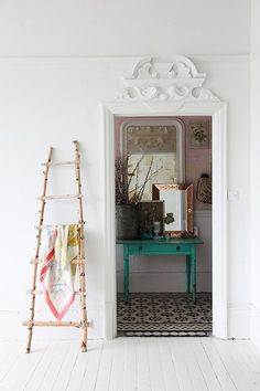 my scandinavian home: A lovely London home with pops of pastel Interior Styling, Interior Decorating, Interior Design, Interior Doors, New Panel, Estilo Boho, Home And Deco, Scandinavian Home, Modern Bohemian