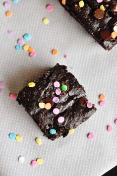 This recipe for Vegan Confetti Avocado Chocolate Brownies is a great and healthy way to indulge your sweet tooth, and eat healthy at the same time! Vegan Avocado Brownies, Chocolate Brownies, Egg Free, Vegan Recipes, Vegan Food, Allrecipes, Confetti, Dairy Free, Sweet Tooth