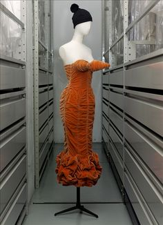 "Collection ""Barbès"" 1984 - Robe ""Seins obus"", Jean Paul Gaultier 
