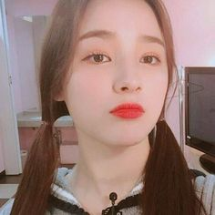 Nancy Jewel Mcdonie, Nancy Momoland, Holy Chic, Rhythm And Blues, Music People, Love Me Forever, Without Makeup, Seungri, Korean Makeup