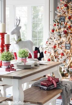 Red and White Christmas Tablescape - The Lilypad Cottage