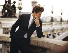 men's Paris fashion style trends; his Boho pattern tie sets of a well slim cut jacket for a very appealing sexy Boho chic styles, more styles click here>