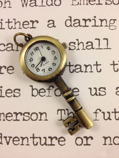 Bronze skeleton key + Clock pocket