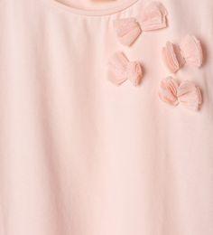 Imagen 4 de Camiseta lazos tul de Zara