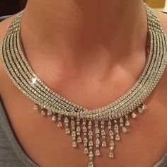 jewelryBeautifully designed #diamond necklace c:@bahrainjewellerycentre #jewelry