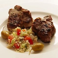 Herbed Lamb Chops with Greek Couscous Salad - Lamb loin chops are a healthy alternative to the more popular and more fatty lamb shoulder chops. The loin chops have quite enough flavor to stand up to this herbaceous couscous. Greek Couscous Salad, Couscous Salad Recipes, Pasta Salad, Low Calorie Recipes, Healthy Recipes, Diabetic Recipes, Diet Recipes, Lamb Chop Recipes, Deserts
