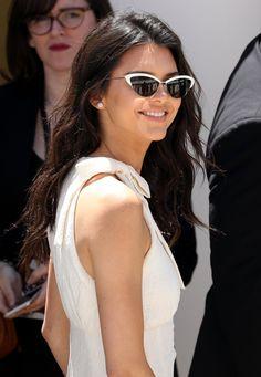 Pin for Later: Kendall Jenner S'éclate à Cannes et Enchaine les Soirées Mondaines