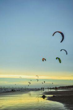 Skysurf en Monte Hermoso, Argentina