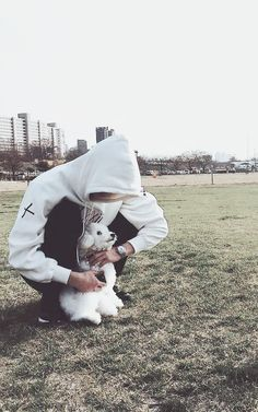 Sehun and Vivi is so precious aww Sehun Vivi, Chanyeol Baekhyun, Exo Kai, Park Chanyeol, Exo Ot12, Chanbaek, Kaisoo, Jooheon, Winwin
