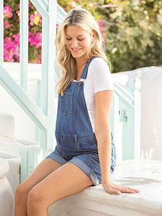 I am in love with maternity overalls! Click on this pin to find these on Amazon! | JoJo Maman Bébé Maternity Short Overalls, Light Wash Blue Denim, Adjustable Straps | maternity fashion | maternity clothes | maternity outfit | maternity style | maternity wardrobe | pregnancy | bump | #affiliate #maternityclothes