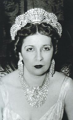 Sultana Nazli's coronation to become Queen Nazli of Egypt in 1919.