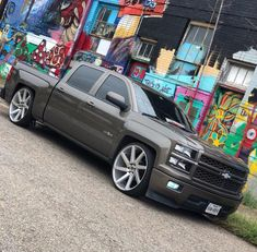 trucks and cars Dropped Trucks, Lowered Trucks, Dually Trucks, Chevy Pickup Trucks, Gm Trucks, Chevy Pickups, Chevrolet Trucks, Chevy 4x4, Silverado Crew Cab