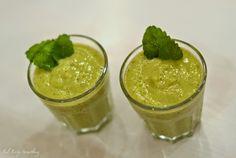 Viherpirtelö // Green smoothie  http://fabfortysomething.blogspot.fi/2014/12/viherpirtelohimo.html
