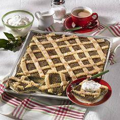 Mohnkuchen vom Blech Rezept | LECKER