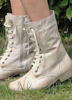 Kup mój przedmiot na #vintedpl http://www.vinted.pl/damskie-obuwie/inne-obuwie/16488409-glany-workery-bikery-rozowe-nude-4041-ff-sznurowane
